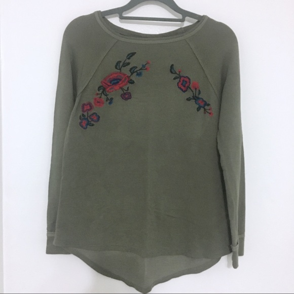 Knox Rose Olive Green Sweater w Floral Embroidery